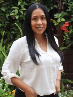 Ada Herrera : Bookkeeper