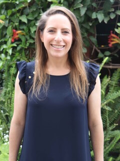 Dena Kaplan : Assistant Director of Operations
